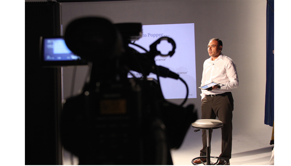 HFilming my Massive Open Online Course, 22 October 2013